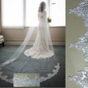 NEW  Beautiful cathedral scalloped sequined veil